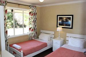 Lake Naverone Holiday Cottages, Resorts  Drakensberg Garden - big - 128