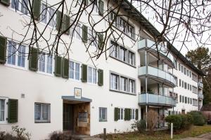 City Stay Furnished Apartments - Fäsenstaubstrasse - Hotel - Schaffhausen