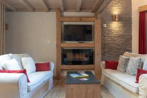 Aguille du Midi Lodge and Spa Chalets1066