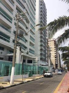 Residence Premium, Apartments  Mongaguá - big - 9