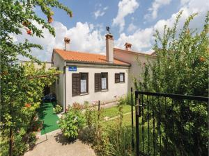 Two-Bedroom Holiday Home in Pazin