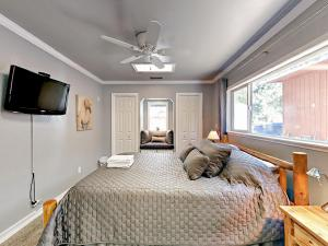 Walking Distance to Lake Baron, Nyaralók  South Lake Tahoe - big - 37