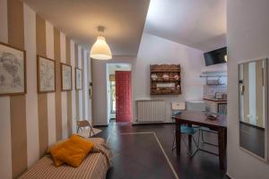 Casa Rossa, Bed and Breakfasts  Monreale - big - 39