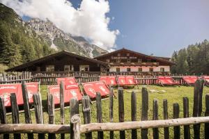 Berghotel Schlickeralm 1.616 m - Hotel - Fulpmes