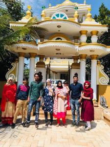 White Gold Palace, Проживание в семье  Sultan Bathery - big - 21