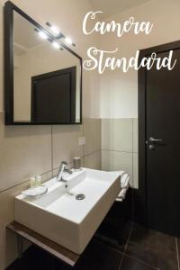 Standard  Room with External Private Bathroom