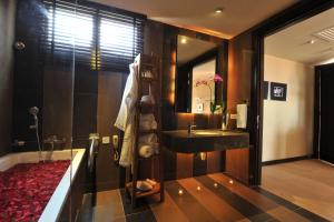 Ombak Villa Langkawi, Resorts  Kampung Padang Masirat - big - 21