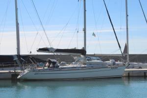 Barca a vela Bavaria 44 - AbcAlberghi.com