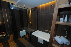 Ombak Villa Langkawi, Resorts  Kampung Padang Masirat - big - 31