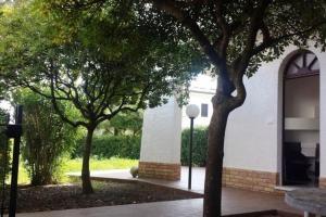 Casa al mare con ampio giardino - AbcAlberghi.com