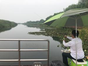Taihu Lake Bieyuan Apartment