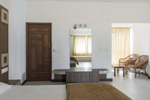 Auberges de jeunesse - 5 BHK Homestay in Hubbathala, Ooty(9512), by GuestHouser