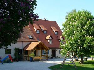 Bio-Ferienhof Scheckenbauer - Höttingen