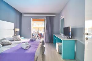 One-Bedroom Apartment (3 Adults + 1 Child) - All Inclusive