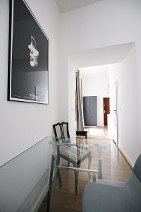 Charming Apartment In Krakóws Trendiest Area