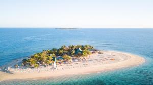 South Sea Island - Beachcomber Island