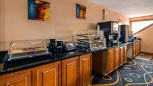 Best Western White Mountain Inn, Hotely  Franconia - big - 38