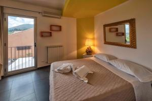 Casa Rossa, Bed and Breakfasts  Monreale - big - 11
