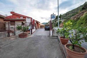 Casa Rossa, Bed and Breakfasts  Monreale - big - 36