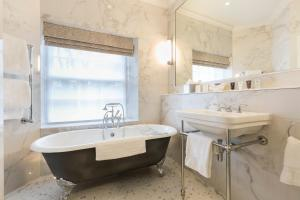 The Devonshire Arms Hotel & Spa (9 of 63)