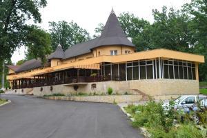 Accommodation in Lăpuşel