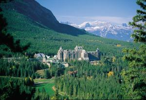 Fairmont Banff Springs - Accommodation - Banff