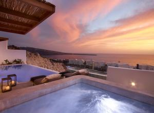 Santo Maris Oia Luxury Suites & Spa (1 of 73)