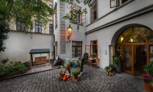 3 Epoques - Praha