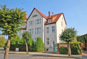 Ferienwohnungen Neustrelitz SEE 93 - Godendorf