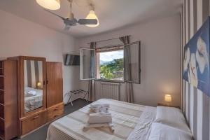 Casa Rossa, Bed and Breakfasts  Monreale - big - 5