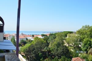 obrázek - Cozy Duplex 3 bedrooms at Estoril (Casino Estoril)