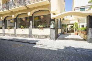 Hotel Bristol Terme - AbcAlberghi.com