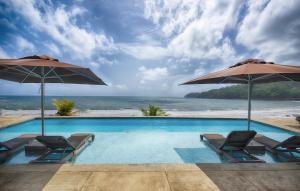 Pagua Bay House - Oceanfront Cabana's