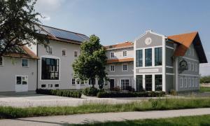 Brauerei Gaststätte Stierberg - Haag in Oberbayern