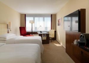 Sheraton Munich Westpark Hotel (3 of 61)