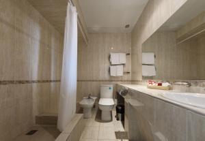 Uyut Tamani, Hotels  Volna - big - 8