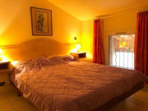 Ferienhaus mit Blick auf Grimaud, Ferienhäuser  Grimaud - big - 28