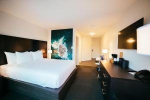 Tofino Resort + Marina (1 of 44)