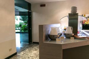 Hotel Holiday Sport & Relax, Hotels  Nago-Torbole - big - 35
