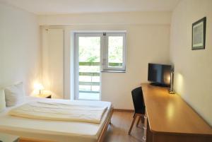 Riverside Apartment Hotel AG