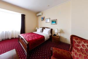 Uyut Tamani, Hotels  Volna - big - 5