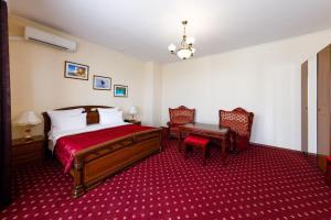 Uyut Tamani, Hotels  Volna - big - 4