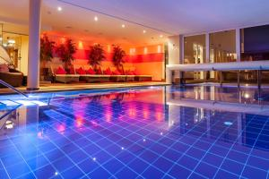 Alpen-Herz Romantik & Spa - Adults Only, Hotely  Ladis - big - 127