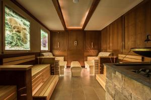 Alpen-Herz Romantik & Spa - Adults Only, Hotely  Ladis - big - 125