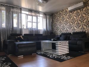 Golden Palace Apartment