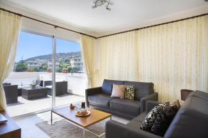 Club Coral View Resort, Apartmánové hotely  Peyia - big - 9
