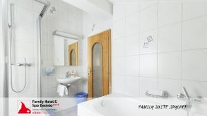 Family Hotel and Spa Desiree, Hotels  Grächen - big - 28