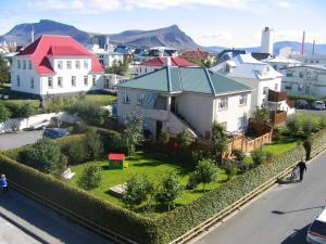 Teigur Guesthouse - Hvalfjörður