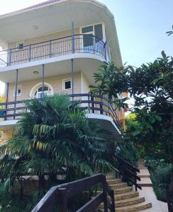 Nadezhda Guest House - Makopse