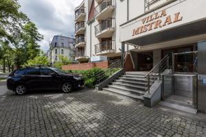 Apartamenty Villa Mistral II by Renters